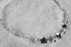 Halsband i sterlingsilver med odlade pärlor och hematiter
