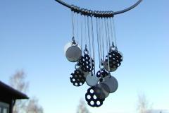 Halsband i sterlingsilver, järn och agater