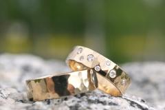 Ringar i 18k guld och briljanter